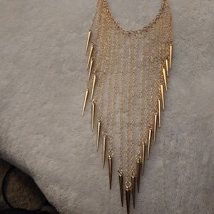 Gold toned spike necklace